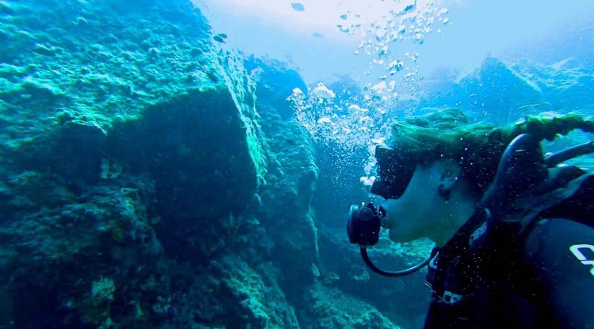 alyssa scuba diving