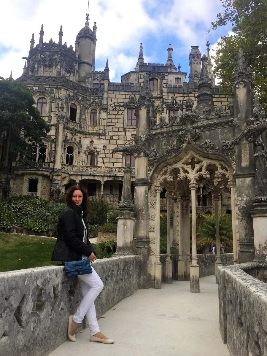 Natalia at the Quina da Regaliera palace in Portugal